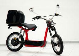 Jaunuzņēmuma, biznesa ideju pirmsinkubators RTU IdeaLAB, inkubatora komanda RMR motorbikes, elektroniksias motocikls