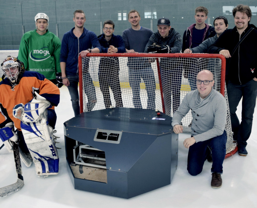 Jaunuzņēmuma, biznesa ideju pirmsinkubators RTU IdeaLAB, inkubatora komanda Winmill, hokeja